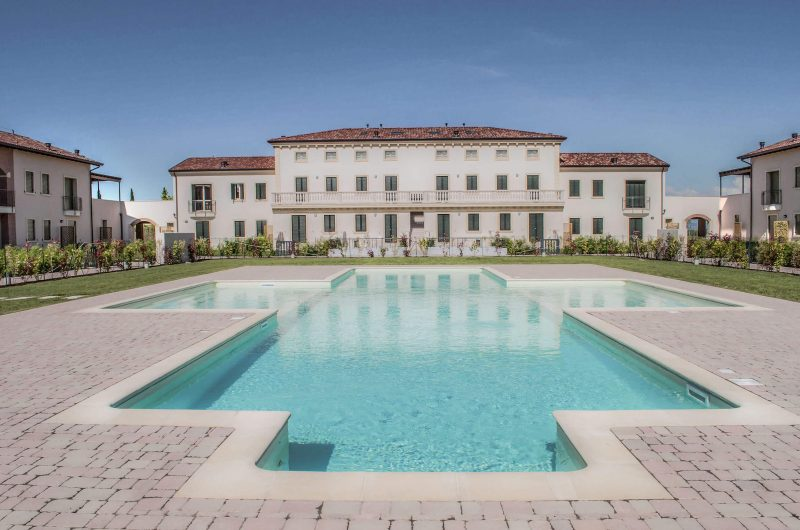 Costruzione di complesso residenziale di 48 appartamenti - Peschiera del Garda