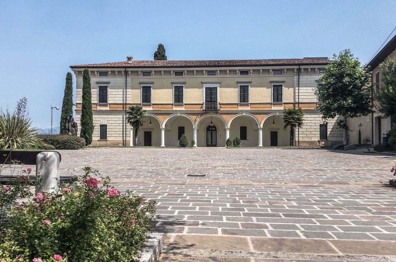 """Restauro conservativo con ristrutturazione biblioteca comunale di immobile del '700 """"Villa Albertini"""" - Pozzolengo"""